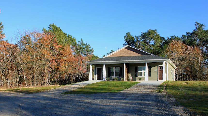 ♥ Cottage Near Fayetteville, Pinehurst, So.Pines ♥