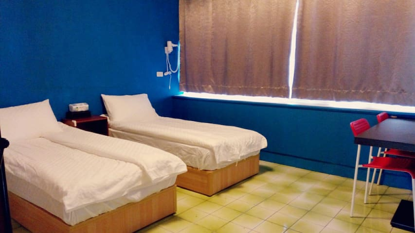猴嗨唷朝午食堂【單人床×2】住宿 - Chishang Township - Bed & Breakfast