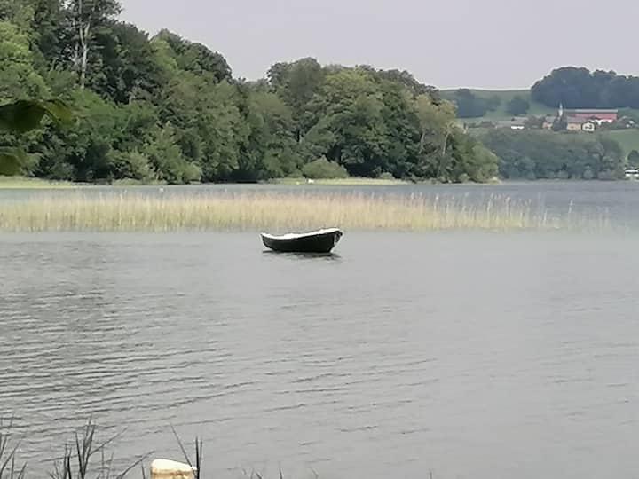 Traumwohnung mit Garten am Mattsee mit Seezugang