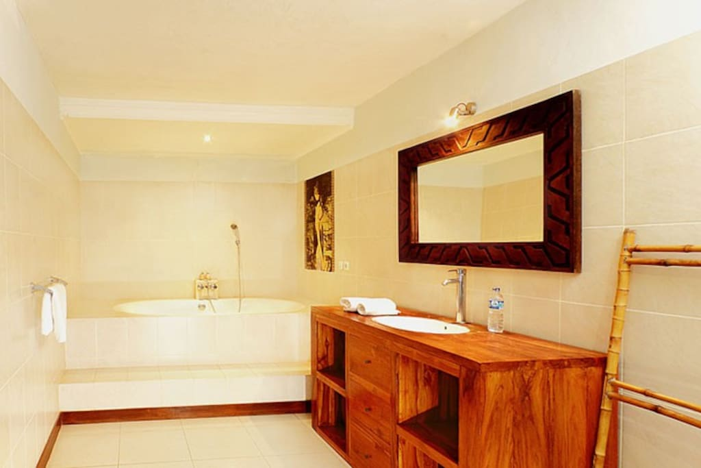 1 Bedroom Private Pool Villas, Staff Service