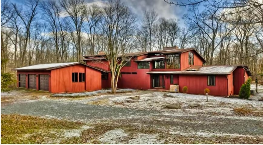 One of a Kind home secluded in beautiful nature - Princeton - Haus