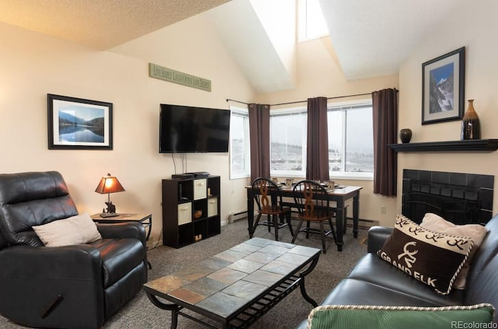 NEW Listing! Lofted Condo next to Granby Skiing! + Pool & Hot Tub!