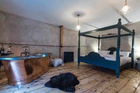 5* Luxurious, Romantic cottage, Nr Exeter, S Devon