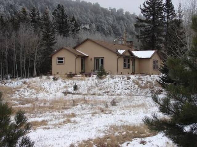 Ranch Style Home in Cripple Creek Mountain Estates