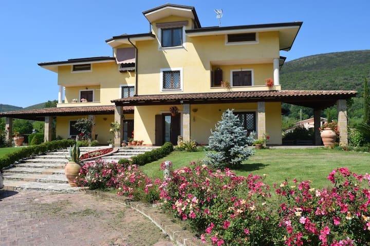 Villa Cristina B&B camera 3pp I gelsomini