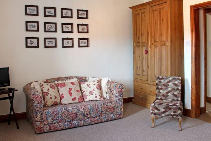 Family/twin room in a farmhouse B&B - Farndon - Bed & Breakfast