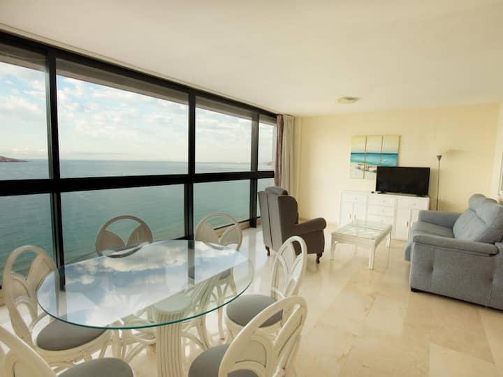 Levante Benidorm beachfront apartment (2 bedroom)