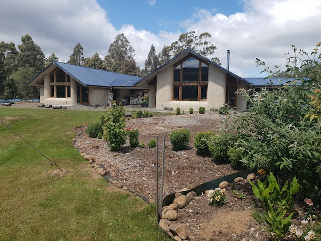 Huon Valley retreat in Nicholls Rivulet