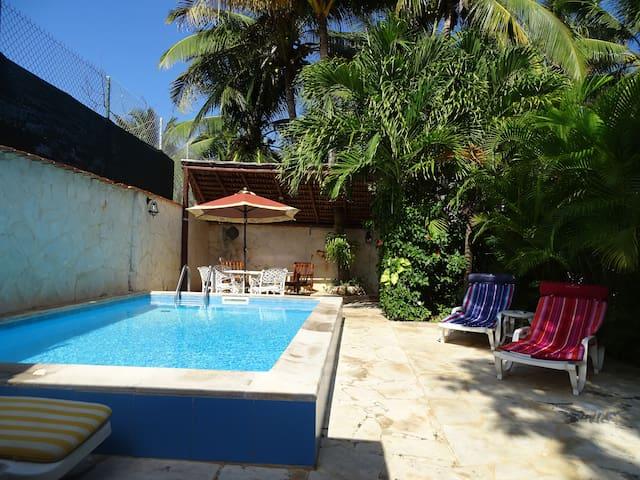 Casa Jorge con piscina (1 habitación privada)