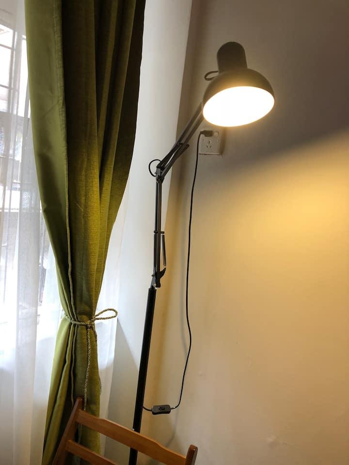 月租2890/江南西地铁美食街、cbd 、会展直达,临近【江南西地铁600米】的情怀旧房子