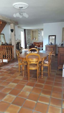 Maison de village - Sérignan-du-Comtat - Reihenhaus