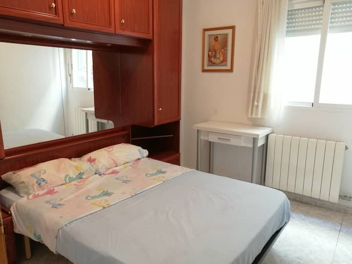 Private room in center of Lleida Capital