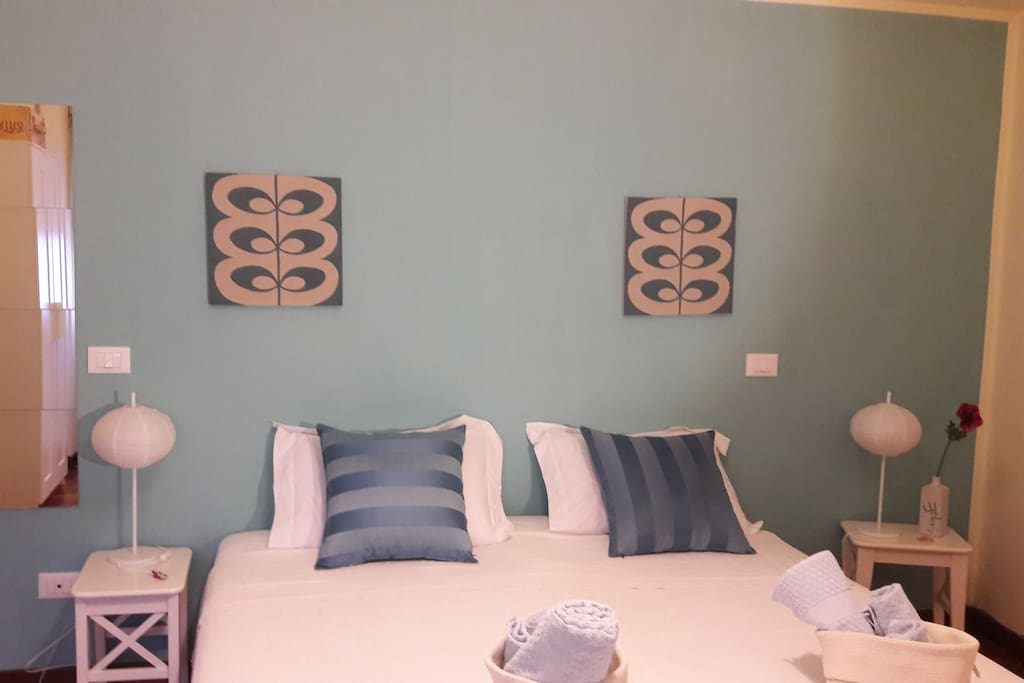 Loto room: we can arrange it with twoo beds or a queen one