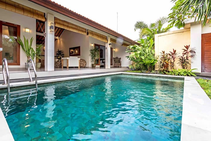 New Villa Sayang In The Heart Of Seminyak .