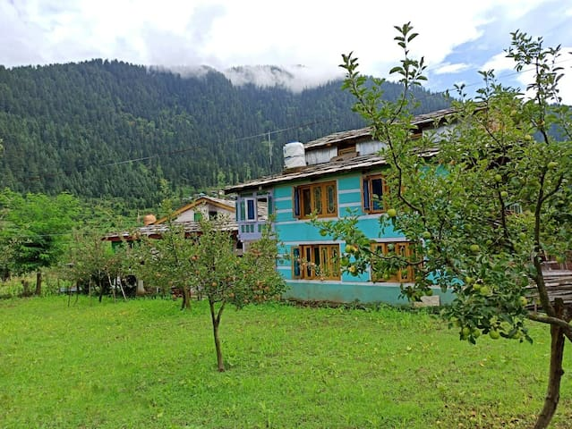 Farm stay in Himalayan village