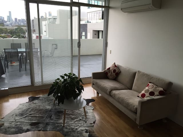 Relaxing lounge area, with great comfortable couch