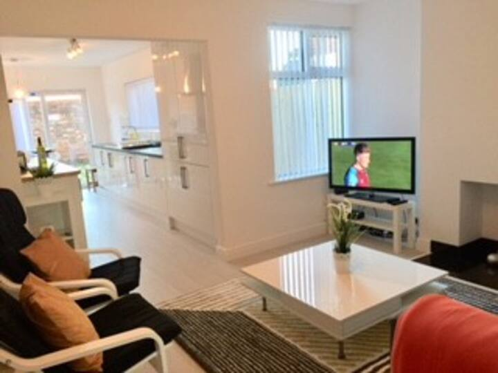 Trent Bridge House - Stylish Large Single Room