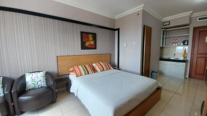 11th floor Studio Grand Setiabudi Apartment