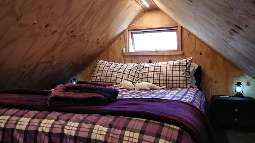Upstairs queen comfy bed