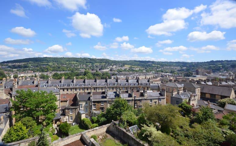 The View Apartment - Panoramic views across Bath