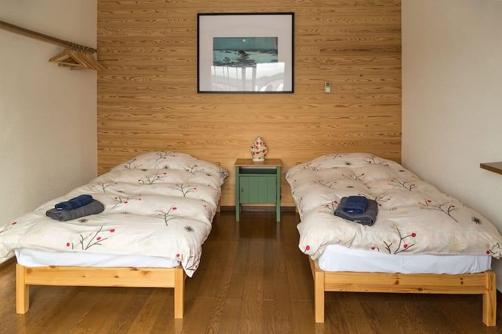 Akari cozy 3bedroom Apartment next to Swiss Bakery
