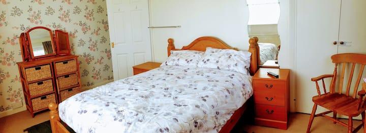 Aysgarth Guest Room 2