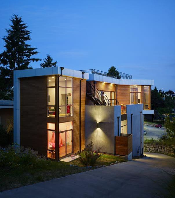 Bright Ultra Modern Home Houses For Rent In Seattle