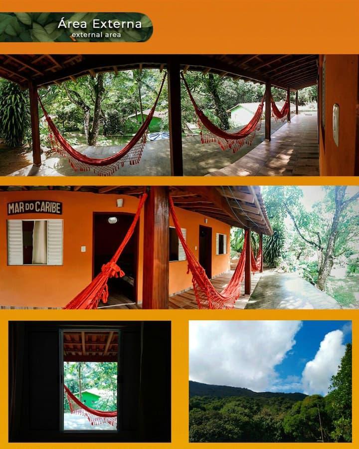 Suíte 04 lugar familiar em Pouso da Cajaíba