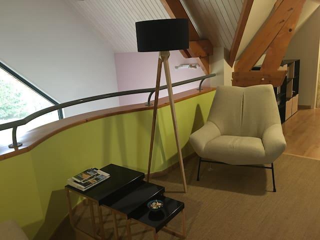 Chambre au calme avec salon télé plus petit Déj