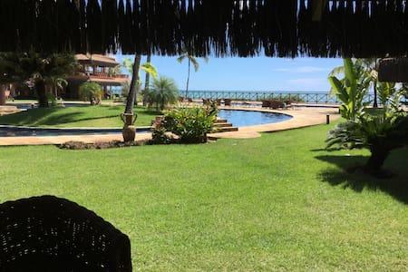 Apartamento beira mar, estilo Bali