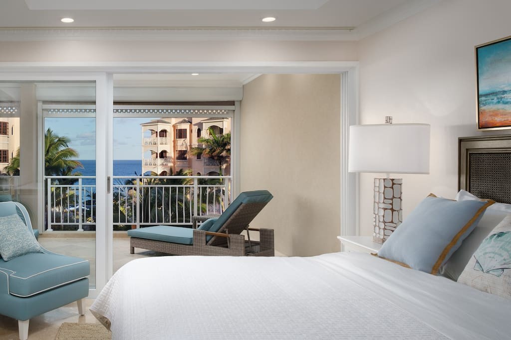Master Bed w/Ocean View
