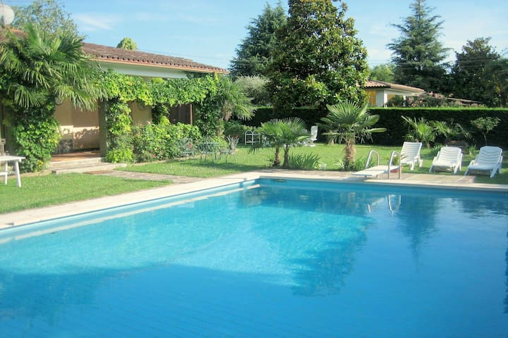 Moderne Villa in Lazise mit privatem Pool