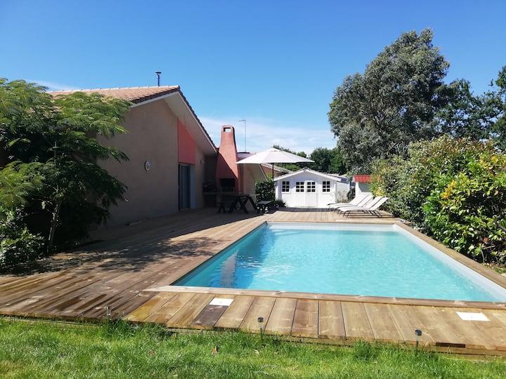 Villa familiale Bassin d Arcachon piscine jardin
