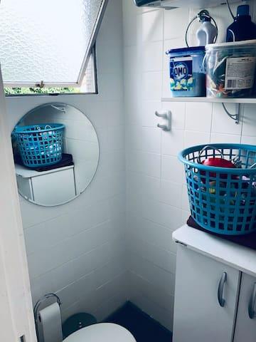 Banheiro serviço.