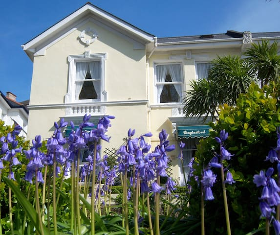 The Daylesford Guest House - Torquay - Guesthouse