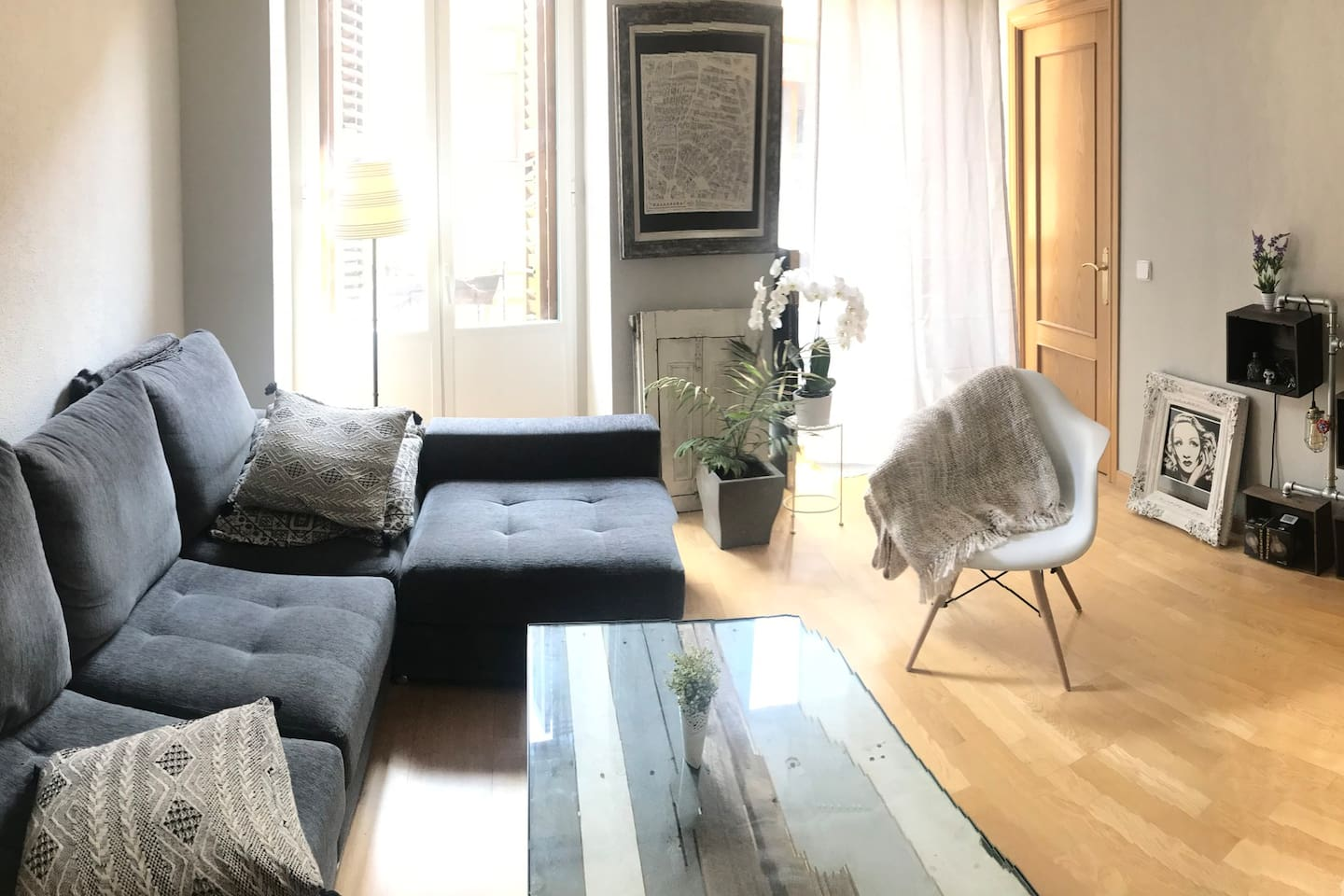 This is the living room
