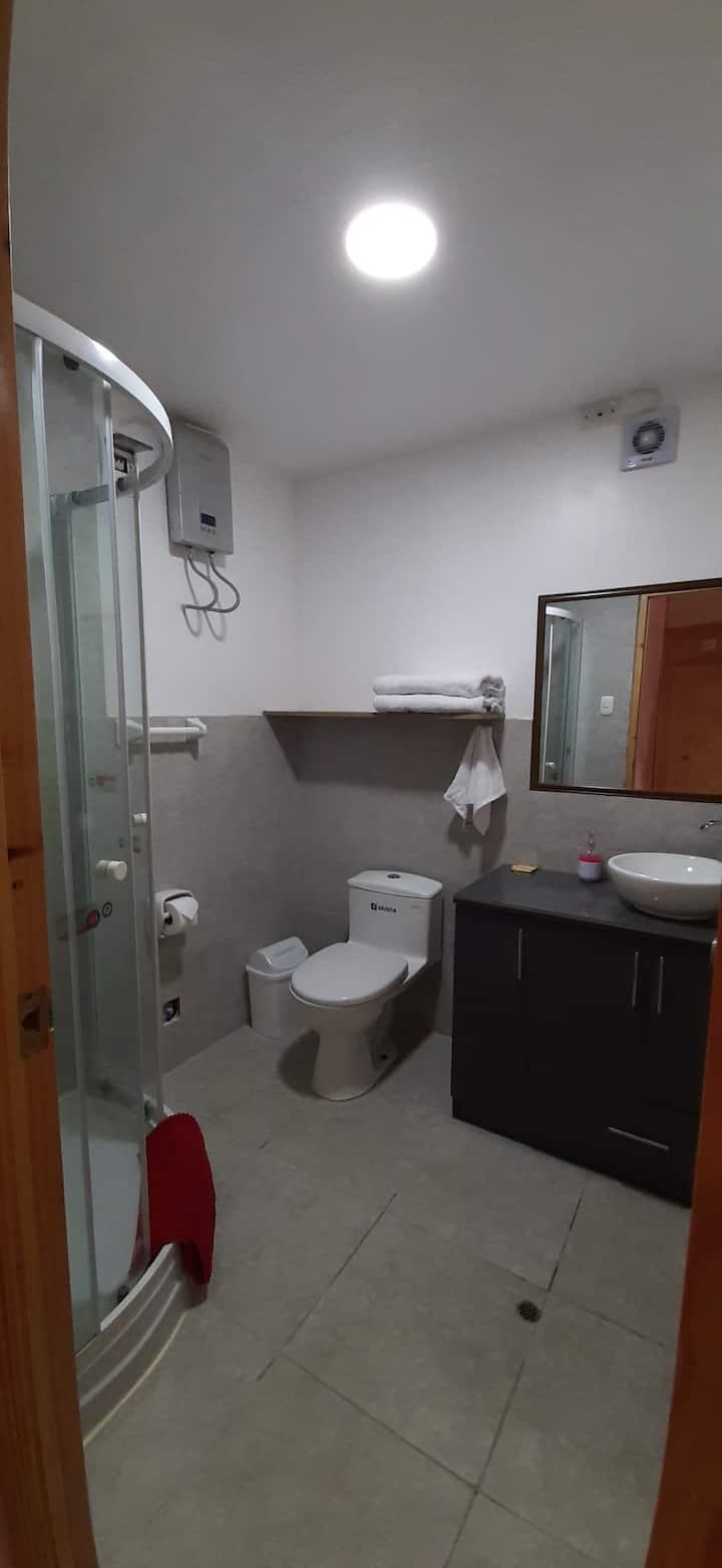"Habitación ""6 B"" (doble con baño privado)"