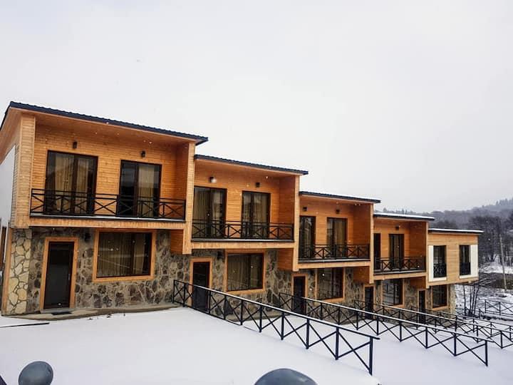 5 apartment type house