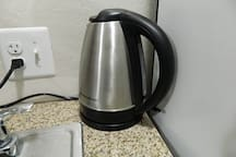 Electric kettle for hot water to make tea
