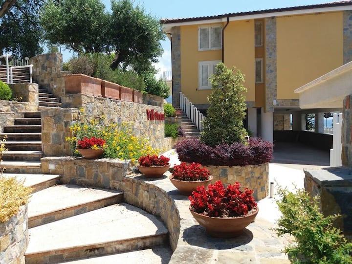 Villa Marina a Villammare-Vibonati-50m dal mare Me