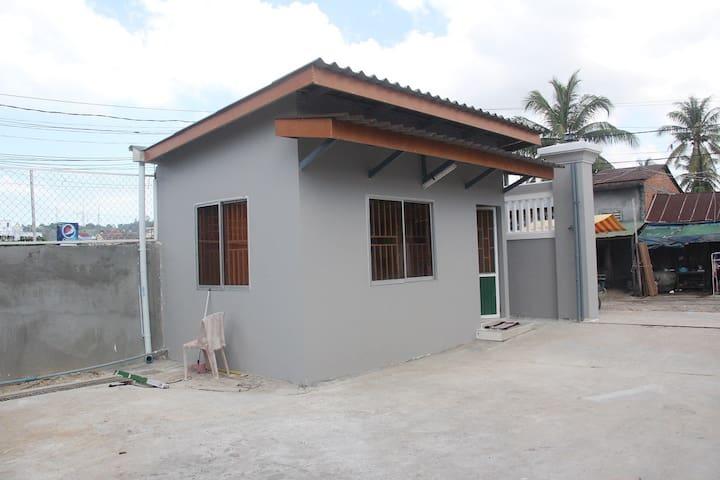 2-Bedroom Bungalow Newly built - Sihanouk Ville City - Bungalov