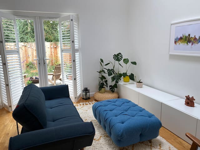 *Cosy 1 bed house close to Cambridge*