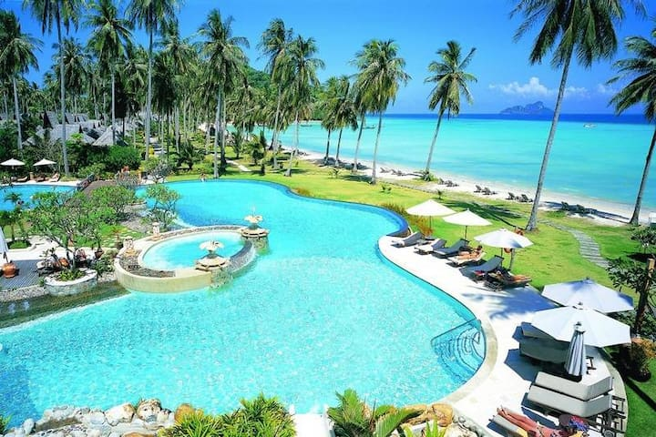 Nice Design&Comfort next to the beach shangri la!