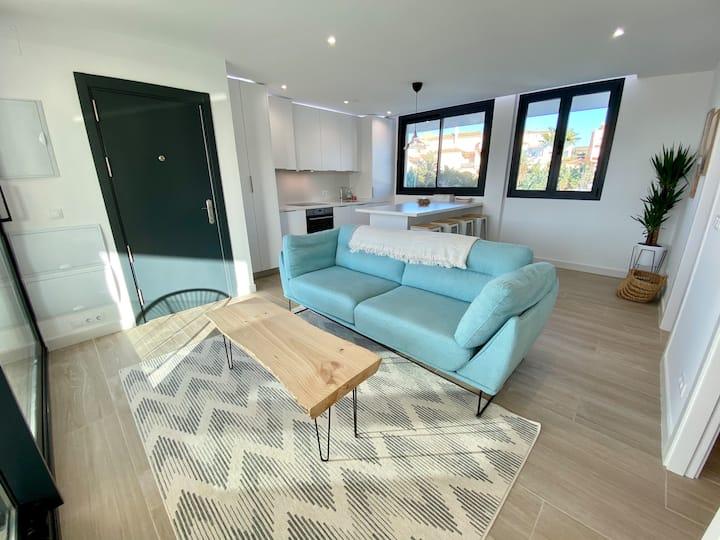 ★Tarifa Cozy House★ Modern | Pool | Wifi | Parking