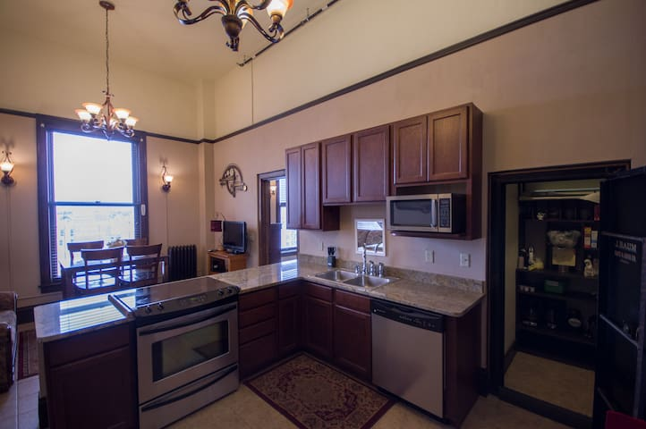 Uptown Butte Luxury Condo - 7th Floor
