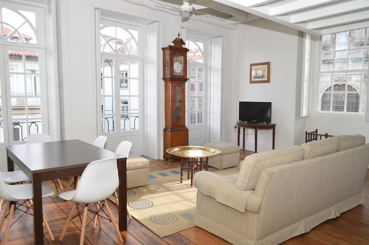  For 4 or 5 - Wonderful Apartment downtown