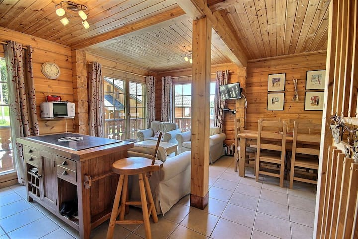Beautiful and full equippes chalet in a quiet area