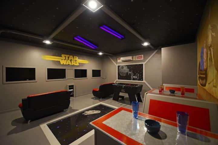 Disney Magic Retreat 7 BR Villa Stunning Game Room