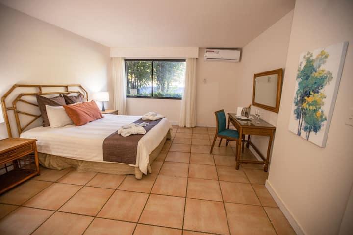 Coronado Luxury Club & Suites