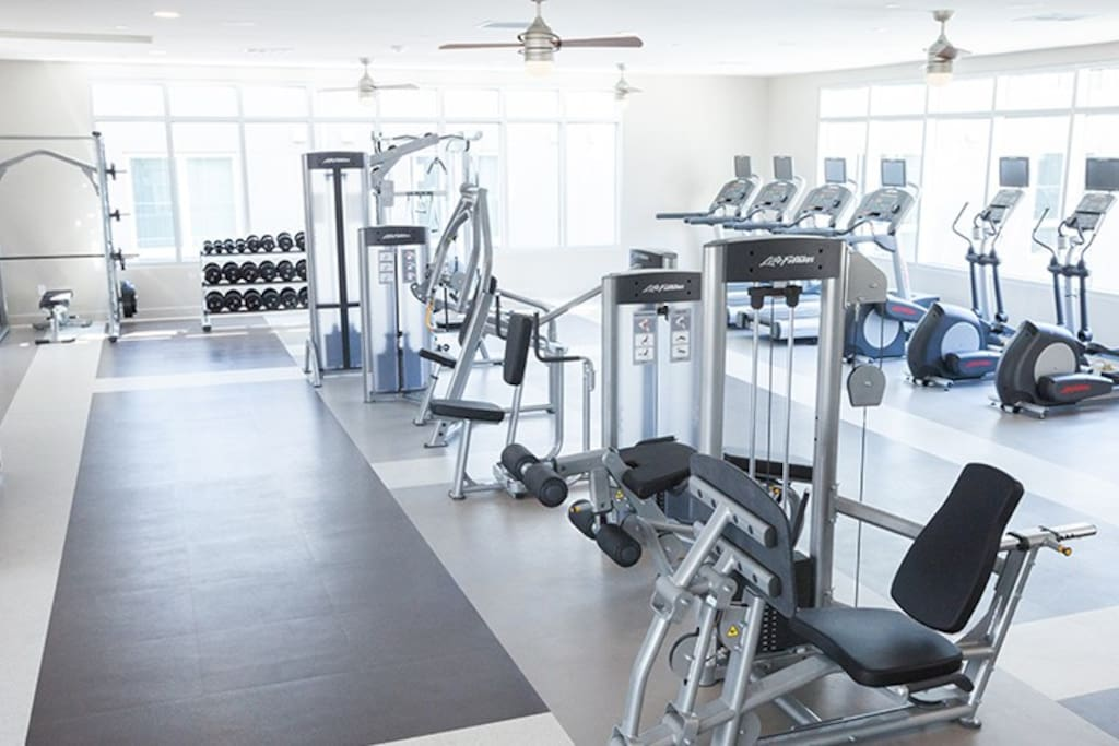 Clean and modern work-out facilities
